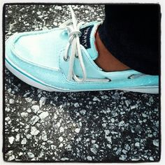 TIFFANY BLUE SPERRYS  LOVE - i don't like sperry's but i actually think these are cute!