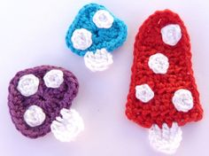 Crochet applique 3 crochet toadstools cards by MyfanwysAppliques