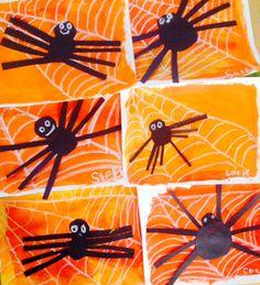 Halloween Kunst, Halloween Art Projects, Fall Art Projects, Classroom Art Projects, Fete Halloween, School Art Projects, Art Classroom, Collage Halloween, Halloween Decorations