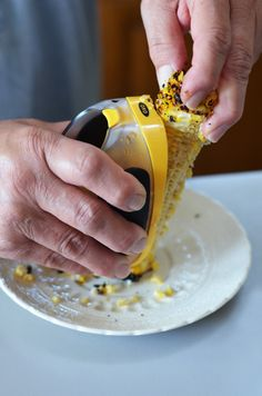 Love roasted corn? Try Roasted Corn Salsa next time and follow My Baking Heart's recipe for tips, like using the OXO Corn Stripper to strip and collect all that delicious roasted corn! #WhatAGrillWants
