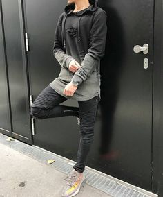 Ever since the famous fashion designer Coco Chanel started to add masculine elements to female clothing and set a fashion … Urban Outfits, Unique Outfits, Cool Outfits, Casual Outfits, King Fashion, Urban Fashion, Men's Fashion, Rare Clothing, Costume