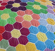 Modern Grandmothers Flower Garden- fusible raw edge applique quilt pattern; quilted feathers.