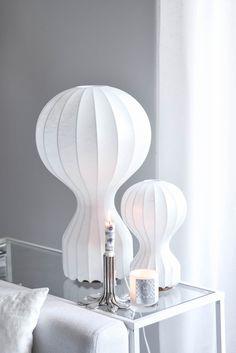 Lisa Abefelt Gatto - Flos, Flow - Svenskt t. Interior And Exterior, Light Fixtures, Lisa, Sweet Home, Lights, Living Room, Grey Stuff, Modern, Table Lamps