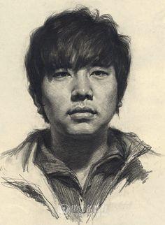 优秀高考美术短发素描男青年头像作品赏析