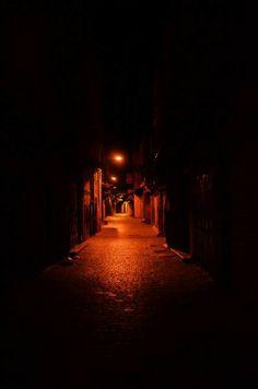 Night Street Photography, Street Photography People, London Street Photography, Photography Poses Women, Quotes About Photography, Urban Photography, Creative Photography, Landscape Photography, Photography Ideas