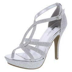 Yo recomiendo que mis damas de honores lleve estos zapatos porque son fácil bailar y caminar en. Los zapatos cuestan $35 para cada chica (quince pares= $525). -1 verb of influence