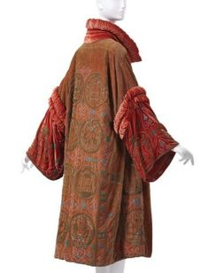 Madame Havet (French) Evening Coat, 1928, beaded and embroidered velvet.  Collection of Phoenix Art Museum, Gift of Mrs. Fred Snyder.  Photo by Ken Howie.