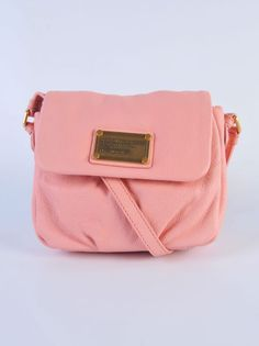 "MARC BY MARC JACOBS  Borsa ""isabelle"" rosa  http://www.dipierrobrandstore.it/product/2025/Borsa-isabelle-rosa.html"