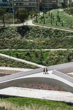 Pedestrian & cycle bridge at El Valle Trenzado, Vinalopó, Spain. Click image for link to full description and visit the slowottawa.ca boards >> https://www.pinterest.com/slowottawa/