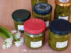 La meilleure recette de Sauce pesto ail des ours aux pignons de pin en conserve! L'essayer, c'est l'adopter! 5.0/5 (5 votes), 7 Commentaires. Ingrédients: 345 g d'ail des ours (poids équeuté) 160 g de pignons de pin 160 g de parmesan 350 g d'huile d'olive 3 pincées de sel 3 tours de moulin à poivre
