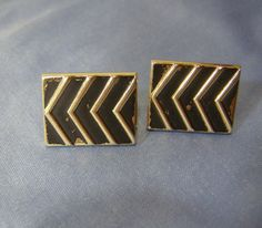 SWANK Chevron graphic Cufflinks - matte black on gold Finish vintage mens Jewelry - lg Geometric Arrow Stripes Cufflinks - Dad, Father gift by StitchInTimeJewelry on Etsy #vintagecufflinks #vintagejewlery #etsyshop #etsyvintage #swankcufflinks #geometriccufflinks #chevroncufflinks #stitchintimejewelry #mensfashion