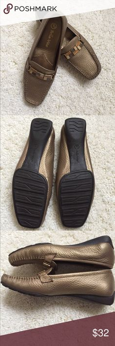 Bella ~Vita Beautiful one had a percent gold leather loafers beautiful enamel tile across.Never worn. Bella Vita Shoes Flats & Loafers