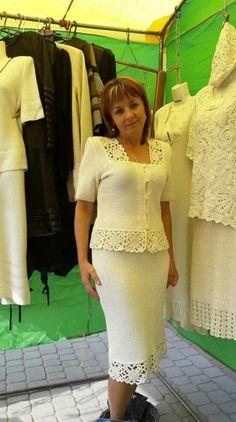 Crochet Skirts, Crochet Blouse, Crochet Clothes, Crochet Lace, Crochet Mobile, High Low Prom Dresses, Mothers Dresses, Crochet Woman, Crochet Designs