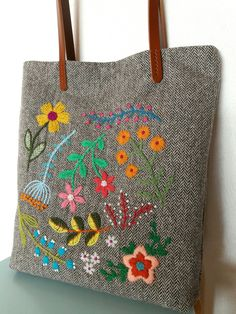 Wool embroidery bag by treesoo