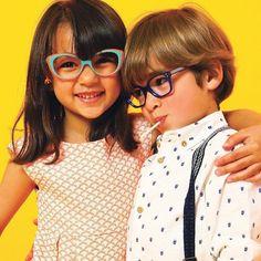 Tête à lunettes à retrouver dans tous les magasins Clin d oeil Opticiens  www.clin-doeil.fr 56d012a5d807