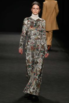 Vivienne Tam Fall 2015 Ready-to-Wear Collection Photos - Vogue