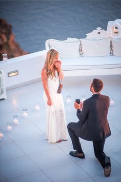 https://i.pinimg.com/236x/49/7d/4b/497d4ba71600c66b791d03c05e9ba1b5--santorini-proposal-proposal-pictures.jpg