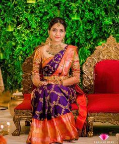 Bridal Sarees South Indian, Wedding Silk Saree, Indian Bridal Fashion, Wedding Saree Blouse Designs, Silk Saree Blouse Designs, Kanjivaram Sarees Silk, Silk Kurtas, Khadi Saree, Latest Silk Sarees
