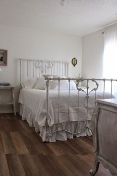 Burlap Luxe: Innocent In French Style Antique Iron Beds, Rustic French, French Country, Brass Bed, French Bed, Farmhouse Decor, Modern Farmhouse, Farmhouse Style, Dream Bedroom