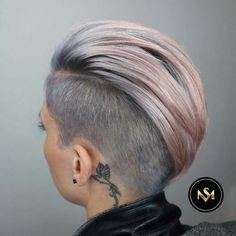 Shaggy Medium Length Bob - 60 Messy Bob Hairstyles for Your Trendy Casual Looks - The Trending Hairstyle Messy Bob Hairstyles, Undercut Hairstyles, Undercut Pixie, Ladies Hairstyles, Pelo Color Gris, Short Hair Cuts, Short Hair Styles, Girls Short Haircuts, Corte Y Color