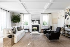 This graphic transitional living room by Alyssa Kapito gets recreated for less by copycatchic luxe living for less budget home decor and design daily finds and room redos Classic Living Room, Home Living Room, Living Room Decor, Living Spaces, Apartment Living, Dining Room, Pierre Guariche, Beverly Hills Houses, Transitional Living Rooms