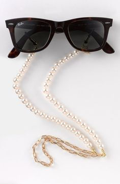Back in Stock - 'Pearls' Eyewear chain - channel your inner Audrey Hepburn! http://rstyle.me/n/tvsahnyg6