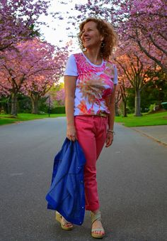 Pink Ralph Lauren Jeans, Embellished Floral T-shirt,  Dressing Your Truth, DYT Type 1 http://www.acolourfulcanvas.com/2013/05/ralph-lauren-and-cherry-tree-on-top.html