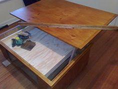 Этап покрытия лако-красочными материалами нашего журнального столика и декорирования его плинтусами
