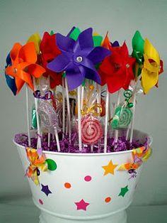 Decoracion de Fiestas Infantiles con molinillos Centros de Mesa