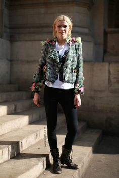 Street Style From Paris Fashion Week: Black With Brights - Aline Weber