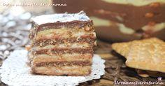 La dolce mattonella della nonna è un semplicissimo dolce al cucchiaio formato da strati di crema pasticcera, crema al cioccolato e biscotti secchi. Biscuit Dessert Recipe, Dessert Recipes, Biscotti Cookies, Cake Cookies, Recipe Boards, Italian Desserts, Sweet Cakes, Cookie Desserts, My Recipes