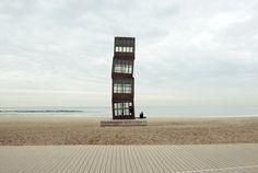 Rebecca Horn Sculpture by Henry Scott Barceloneta Beach, Dock House, Landscape Structure, Outdoor Art, Environmental Art, Architectural Digest, Box Art, Willis Tower, Installation Art