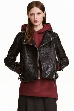Biker jacket in thick, embossed leather with a diagonal zip. Snap fasteners on lapels, side pockets with zip, adjustable tab and Moto Jacket, Leather Jacket, Biker Jackets, Women's Jackets, Stylish Coat, Scarf, Estilo Fashion, Jacket Style, Fashion Online