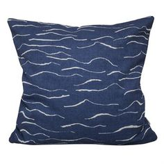 Feel the ocean breeze with the charming Wave cushion cover from the Swedish brand Fine Little Day. The cushion cover is made in unbleached linen and cotton and has a screen print with simple waves. Match the cushion cover with other lovely textiles from Fine Little Day and create a cozy atmosphere in your home! Choose from different colors.