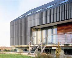 Compact Shell, JagerJansen Architects, Rotterdam, Blauwestad www. Rotterdam, Facades, The Locals, Architecture Design, Garage Doors, Barn, Exterior, Interior Design, Water