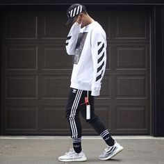 offwhite yeezy yeezy350 zebra hype hypebeast outfit Runway Fashion