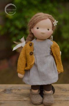 Iris, Waldorf Doll by Waldorfdollshop Fabric Dolls, Paper Dolls, Doll Toys, Baby Dolls, Waldorf Toys, Doll Shop, Sewing Dolls, Soft Dolls, Miniature Dolls
