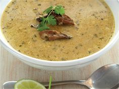 Vinnige mosselsop Seafood Recipes, Mexican Food Recipes, Soup Recipes, Cooking Recipes, Seafood Dishes, Best Dessert Recipes, Great Recipes, Favorite Recipes, Desserts