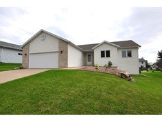 224 Chateau Dr  Cottage Grove , WI  53527  - $269,900  #CottageGroveWI #CottageGroveWIRealEstate Click for more pics
