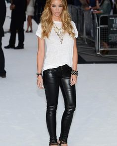 """Lauren Pope attends the """"Total Recall"""" UK premiere in London."""