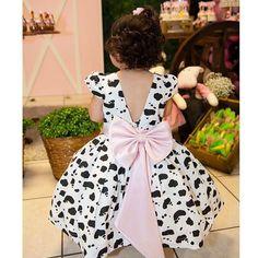 Vestido de menina infantil para festinha tema fazendinha! Lindo demais e diferente com estampa de vaca!