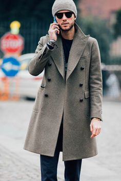 Find more of our favourite street style looks from #PittiUomo here: http://mr-p.co/8froir