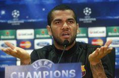 """FUTBOL-Brasileño Alves dice que España está """"muy atrasada"""" en temas de racismo - Yahoo Deportes"""