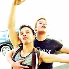 Noel Fisher and Cameron Monaghan from Shameless <333333