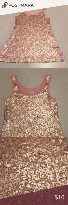 Old navy sequin tank Very cute and comfy old navy sequin tank. In excellent condition no missing sequins. The back is just solid color no sequins. Old Navy Tops Tank Tops