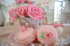 Lima Limão - festas com charme: Batizado da Madalena: anjinho charmoso! How To Make Cake, Floral Arrangements, Garland, Delicate, Angel, Sweets, Invitations, Simple, Party