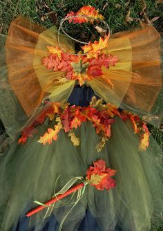 swansong-willows:    (via Adult Teen Autumn Leaf Fall Fairy Costume by MysticMoor on Etsy)