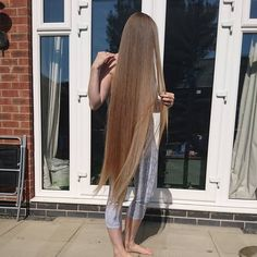 Hair for days ( Long Silky Hair, Silky Smooth Hair, Long Dark Hair, Super Long Hair, Long Layered Hair, Haircuts For Long Hair With Layers, Medium Hair Styles, Long Hair Styles, Braided Bun Hairstyles