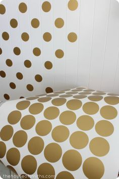 A Gold Polka Dot Accent Wall! @Kirsten Erickson found a new project for your place! :)