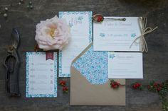 Photoshoot and flowers for Mots d'Amour, by Laetitia Mayor - Florésie #wedding #paper #autumn #flowers #romantic